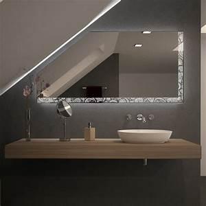 Beleuchtung Für Küchenoberschränke : spiegel f r dachschr gen mit led beleuchtung rilara ~ Michelbontemps.com Haus und Dekorationen