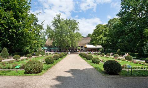 Englischer Garten Gastronomie by Englischer Garten Berlin File Englischer Garten Berlin
