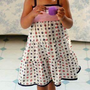 25 best ideas about petite fille on pinterest country With patron de robe de chambre pour petite fille