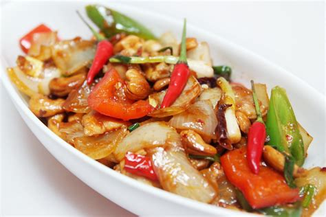 la cuisine thailandaise la cuisine de bernard poulet aux noix de cajou