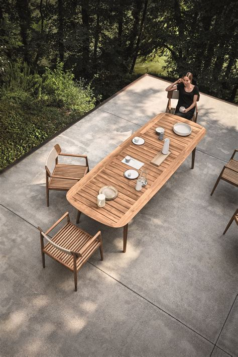 photo      teak outdoor living collection pairs
