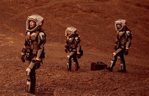 Nat Geo's 'mars' Miniseries Puts Humans On Mars To Point