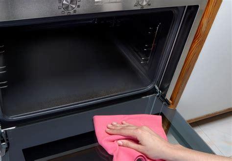 ofen reinigen backpulver backofen mit backpulver sauber machen