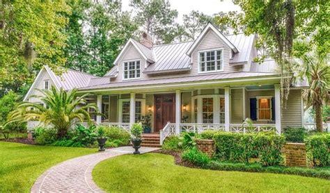 plantation style homes best 25 plantation style homes ideas on pinterest southern plantation homes plantation homes