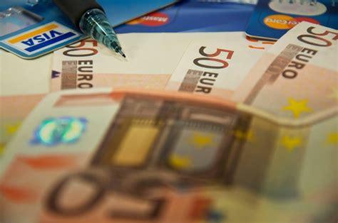 blitzkredit auszahlung sofort expresskredit mit 24h auszahlung 100 bis 1 500 leihen