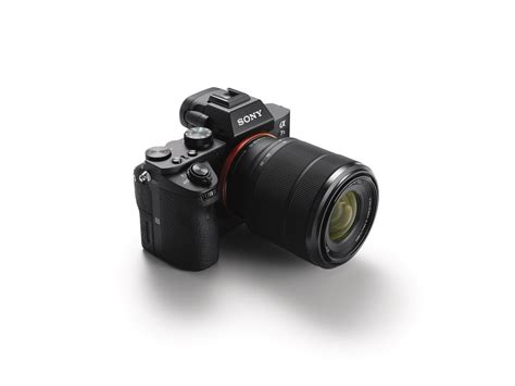Sony Introduces the a7II, the World's First Full-Frame ...