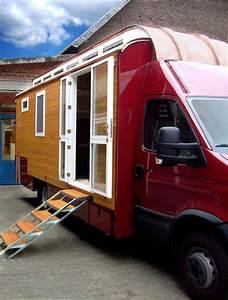 Wohnwagen Anbau Aus Holz : wohnmobile timeout caravans ~ Markanthonyermac.com Haus und Dekorationen