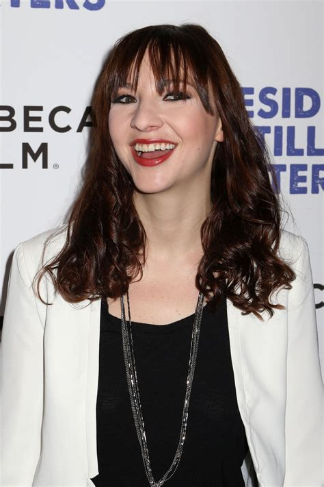 7 things to know about Erin Darke, Flint actress and ...