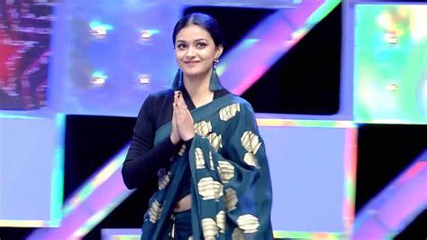Keerthi Suresh Latest Navel Slip In Saree Youtube