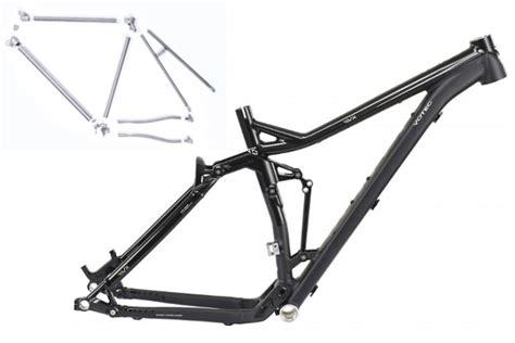 cadre carbone ou alu cadre carbone ou alu 28 images cadre v 233 lo route brand x rd 01 alu avec fourche carbone