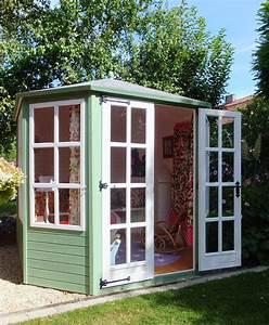 Holz Gartenhaus Klein : gartenhaus f r kinder ausstattung bei la cassetta la cassetta ~ Michelbontemps.com Haus und Dekorationen