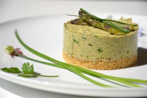 comment cuisiner les pois chiches cheesecake aux asperges et à la ciboulette 1 2 3 veggie