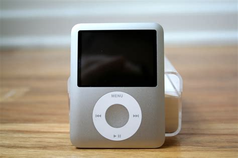 Ipod Classic And 3rd Generation Ipod Nano Unboxing Photos