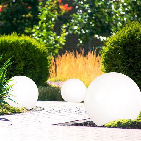 Garten Deko Leuchten 3er set led steck leuchten solar kugeln wei 223 garten deko
