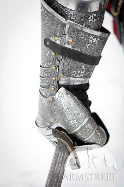 medieval paladin knight functional sca armor gauntlets