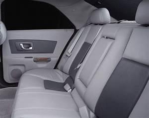 2004 Cadillac Cts Rear Seats   Pic    Image
