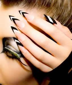 Dirtbin designs pointed nails thanks rihanna