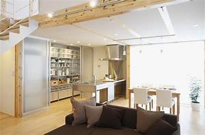 Simple Open Plan Home Generating Equilibrated Small Spaces