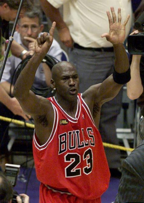 top  greatest nba players   time  jordan
