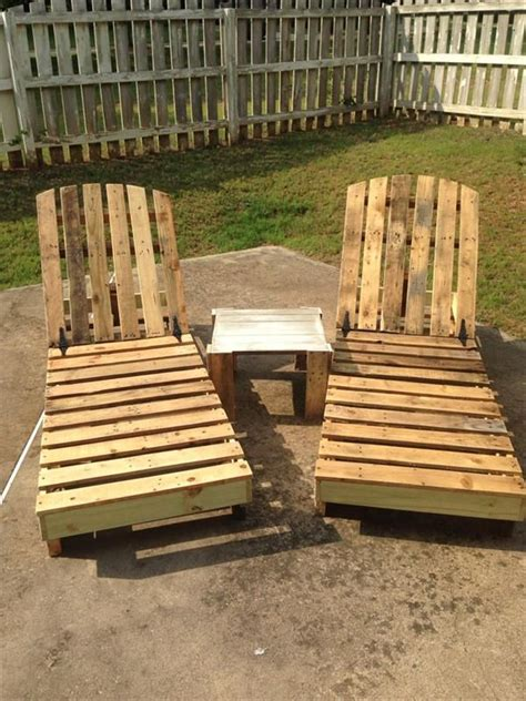 diy recycled pallet lounge chairs pallet furniture