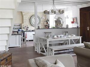 mom39s turf a charming 1900 farmhouse in france With beautiful meubles style campagne chic 1 deco entree appartement et maison de style campagne chic