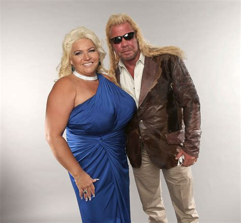 39 dog the bounty hunter 39 star beth chapman steps out after