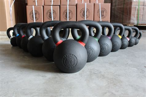 cast kettlebells iron powder coat lb kettlebell pound kings kettlebellkings coated workouts increments complete designed