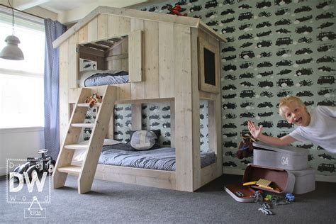 chambre fille avec lit superpos lit superpose en bois pas cher mzaol com