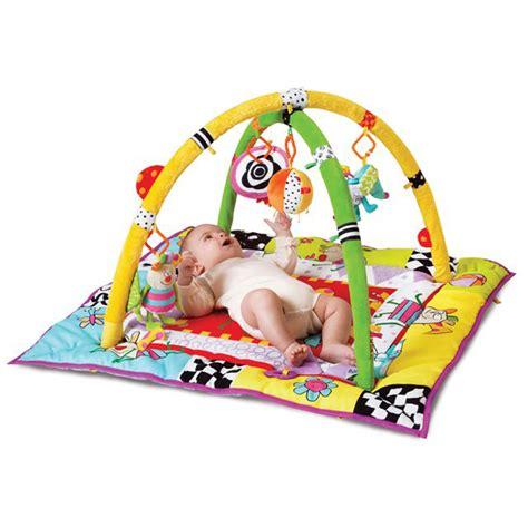 tapis d eveil taf toys tapis d 233 veil ma premi 232 re aire de jeu kooky 10 sur allob 233 b 233