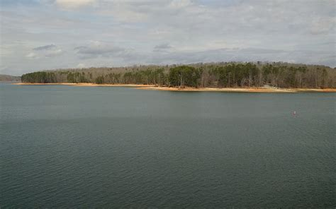 Lake Hartwell Boat Rental by Lake Hartwell State Park