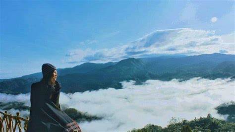 potret keindahan negeri  atas awan lebak banten puncak