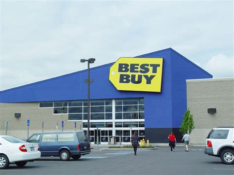 Best Buy Bby Stock A Great Buy Heading Into 2015