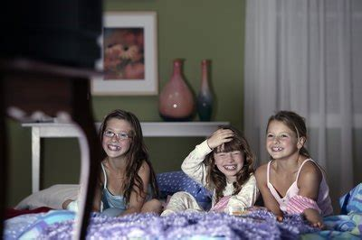 year  slumber party ideas  pictures ehow