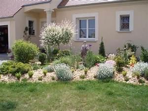 Idée Massif Jardin. idee deco massif jardin eolienne deco jardin ...