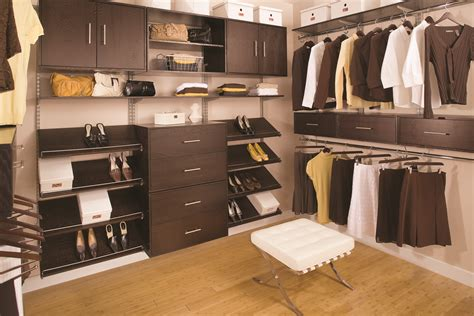 Canadian Closet  Red Deer County, Ab  409, Lantern St
