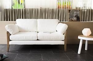 Canapé Vintage Scandinave : canap vintage ariston blanc l 39 l gance d 39 un canap au design scandinave ~ Teatrodelosmanantiales.com Idées de Décoration