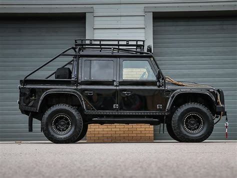 black cubby land rover defender thor quot spectre styled quot 110 x
