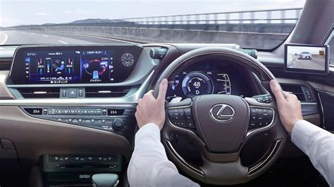 lexus es debuts world  digital outer mirrors