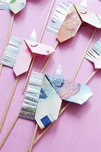Einhorn Basteln Papier : geldscheine kreativ zum origami einhorn falten diy anleitung geldgeschenkideen pinterest ~ Markanthonyermac.com Haus und Dekorationen