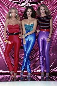 Mode Der 70er Bilder : mode der 70er an diesem retro trend kommt jetzt keiner vorbei stoffe pinterest mode ~ Frokenaadalensverden.com Haus und Dekorationen