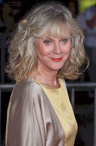 Blythe Danner39s Hair And Styling To Compete Signs Of Aging