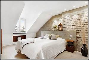 Schlafzimmer ideen wandgestaltung dachschr ge download for Schlafzimmer ideen dachschräge