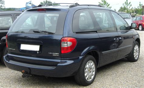 Chrysler Se by File Chrysler Voyager Se Crd Facelift Rear Jpg