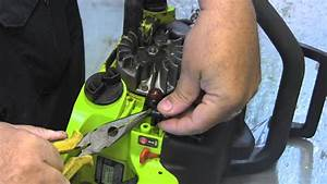 How To Replace The Primer Bulb On A Chainsaw