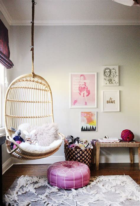 bedroom swing chair best 25 hanging chairs ideas on pinterest hanging chair 10697 | 752631e6b56271dd23a8597ffe6884d6 small teen bedrooms teenage girl bedrooms