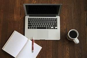 Laptop-journal-book-coffee