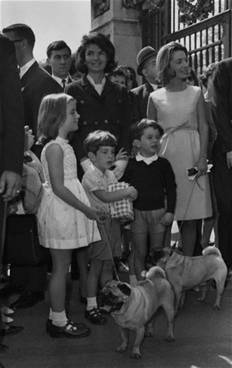 jackie kennedy and princess radziwill with their children ca 1960 pugs