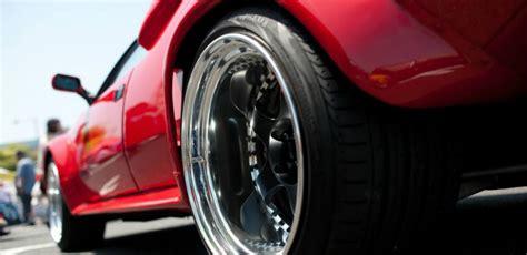 Motorbit - ¿Quieres unos neumáticos más anchos? Primero