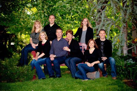 35 Stupendous Family Picture Ideas Slodive