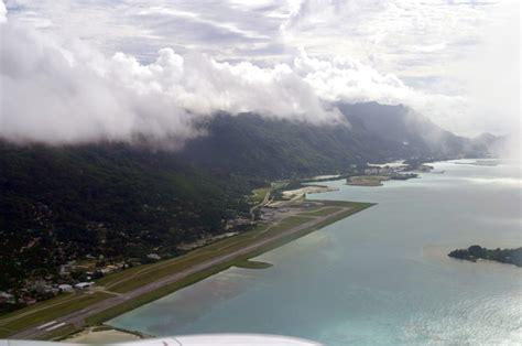 bureau de change island seychelles yacht seychelles international airport